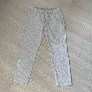 Brand new lululemon pants- size 8.